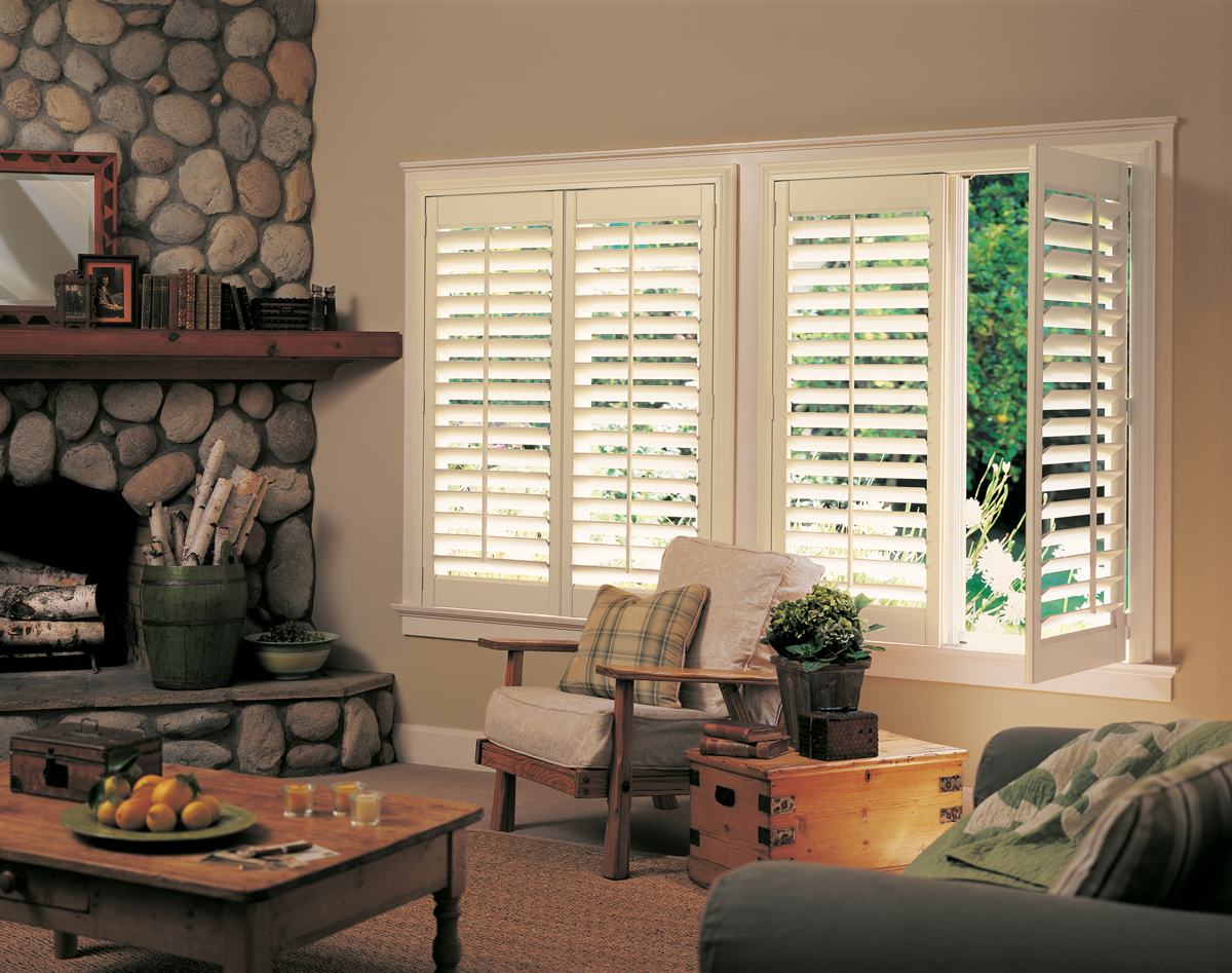 Southampton blinds 215 322 5855 wood blinds aluminum for Decorating with plantation shutters