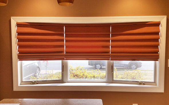 modern back-lined cordless clean fashionable vignette modern roman shades powerview motorized ultraglide easyrise literise lift system